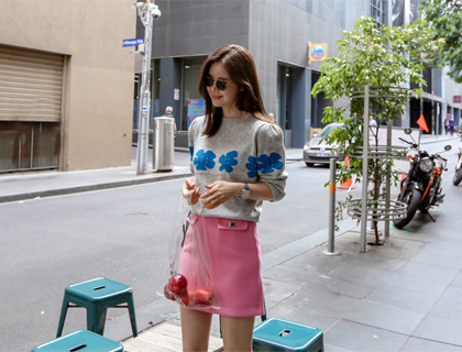 Flower puff knit