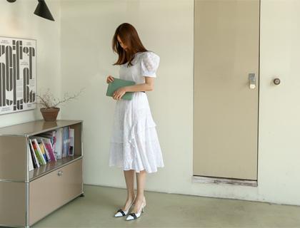 Daisy punching lace skirt