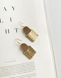 Totem earring