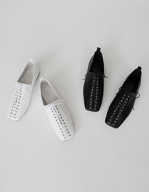 Lace-up loafer ♩
