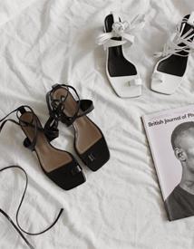 Celon toe-ring sandal ♩