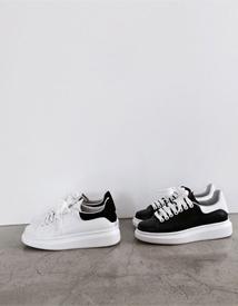 Oversol sneakers ♩