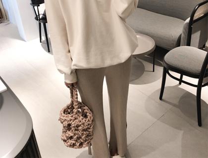 Slit-golji knit pants