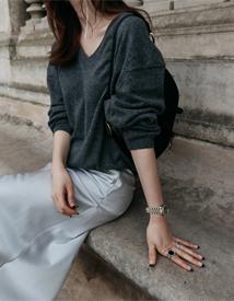 Vanessa v-neck knit
