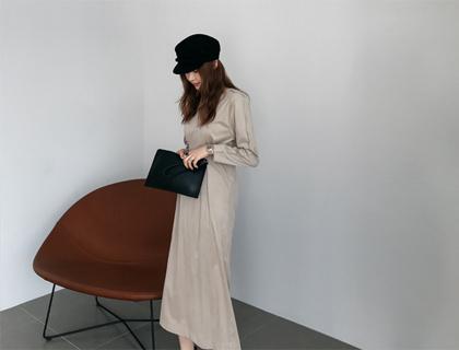 Lunas line dress