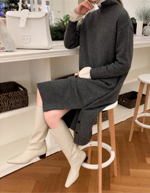 Side-slit knit dress