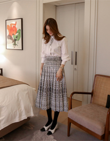 Magic jacquard skirt
