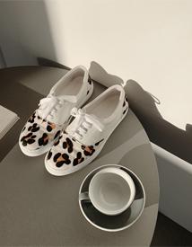 Leopard sneakers ♩