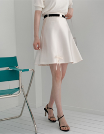 Ribbon belt skirt
