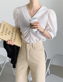 Fellow puff blouse