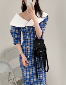 Big-collar check dress