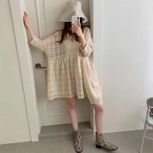 Girlish check dress