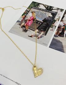 Lovely heart necklace