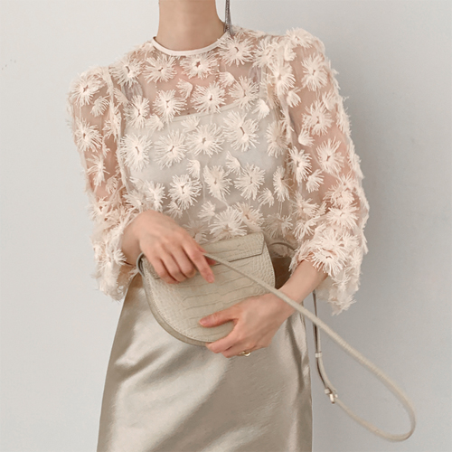 Flower lace blouse