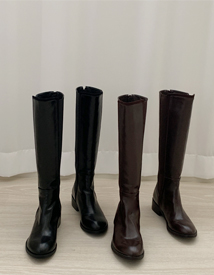 Side banding boots