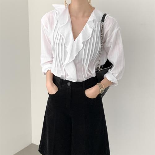 Alice ruffle blouse