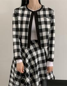 Adorable check jacket