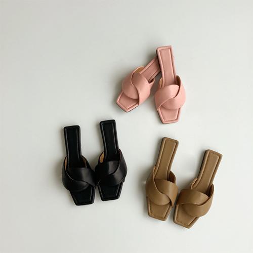Tomo sandal ♩
