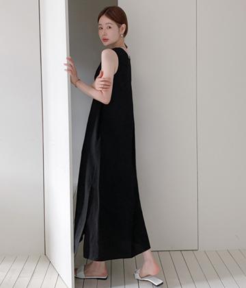 Mute linen dress