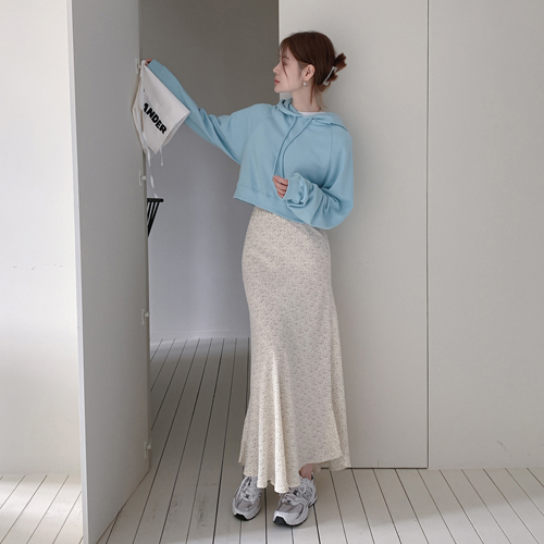 Maxi banding skirt
